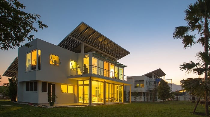 Phi Suea House - Self-sufficient multi-house complex