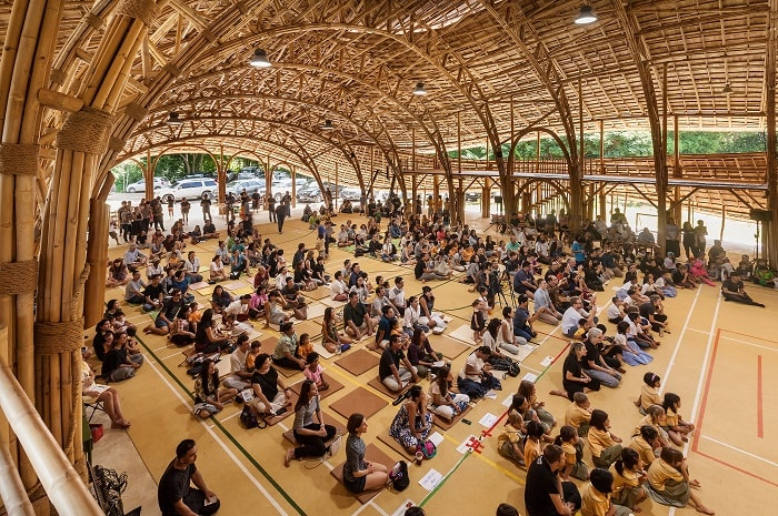 Chiangmai Life Architects and Construction's Bamboo building in Chiang Mai interior view