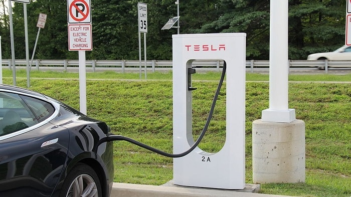 Tesla Superchargers Soon Powering City Centers - Delaware USA