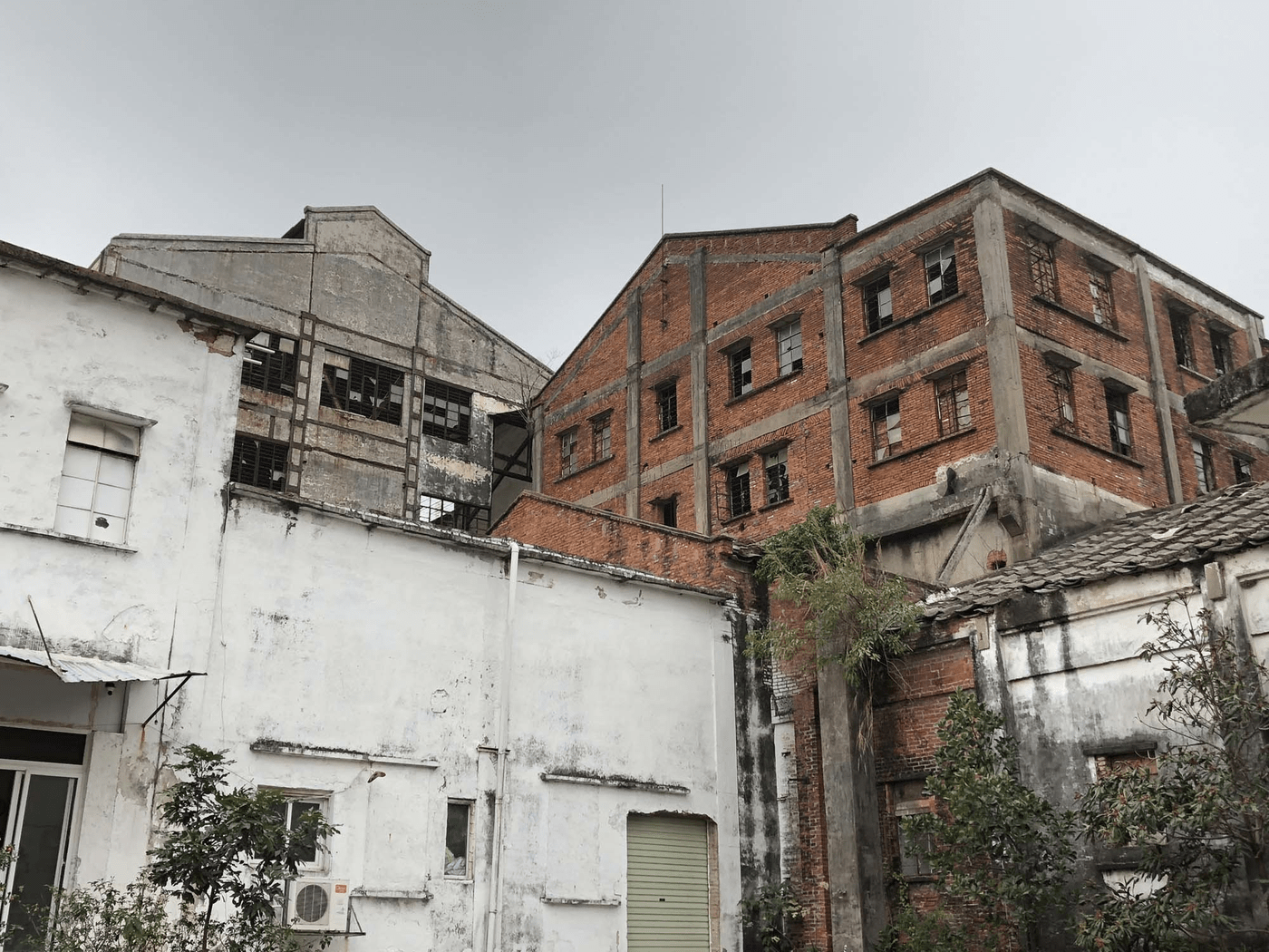 Woods Bagot - Unrenovated Hongqi Zhen Sugar Factory in China