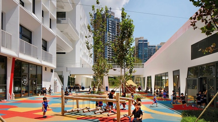 Hong-Kongs-Greenest-School-school-playground-henning-larsen