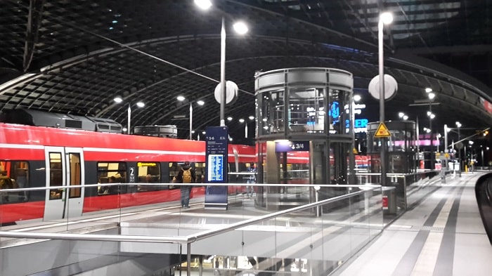 28 EUR Billion to Improve Berlin's Public Transport System - main station in Berlin