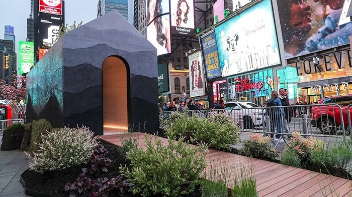 TINY HOUSE by fernando mastrangelo in New York City Time square