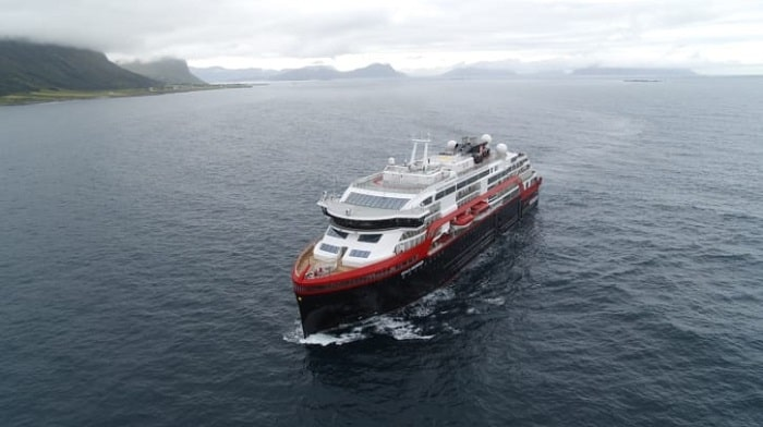 MS Roald Amundsen - Hurtigruten Norway, Battery-Powered Cruise Ship, air pollution